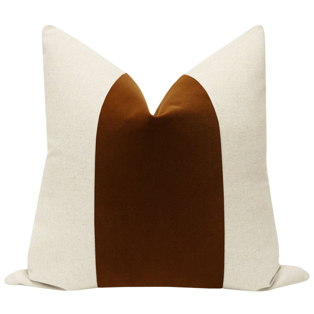 PANEL SIGNATURE VELVET COGNAC PILLOW