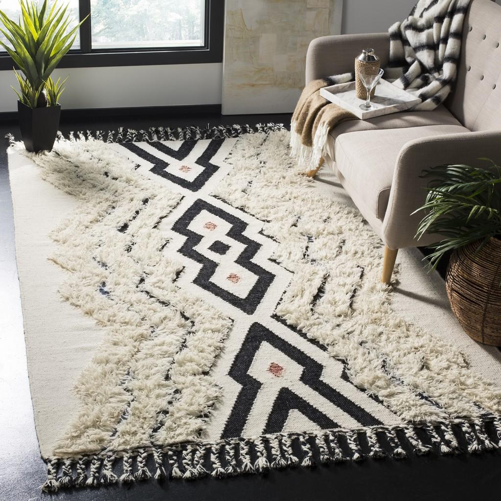 IVORY/ BLACK AZTEC EASTON RUG