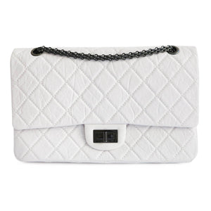 CHANEL 2.55 Reissue Flap Bag Size 227 in White Aged Calfskin - Dearluxe.com