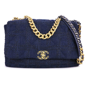 CHANEL Chanel 19 Maxi Flap Bag in Navy Black Tweed - Dearluxe.com
