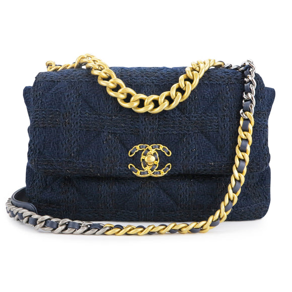 CHANEL Chanel 19 Medium Flap Bag in Navy Black Tweed - Dearluxe.com