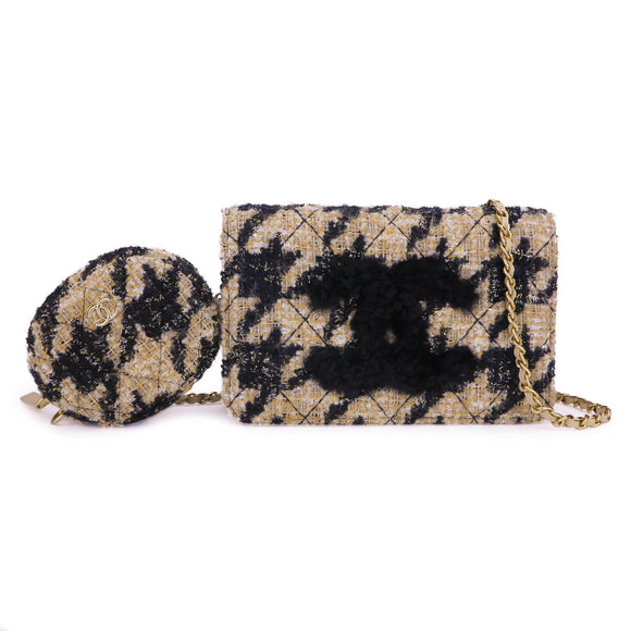CHANEL Chanel 19 Houndstooth Beige Black Tweed Wallet On Chain WOC - Dearluxe.com