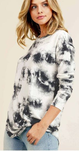 Gia Tie-Dye Top with Round Neckline