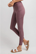 Load image into Gallery viewer, Butter Leggings with Side Pockets
