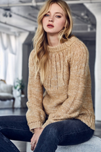 Load image into Gallery viewer, Ribbed Knit Sweater