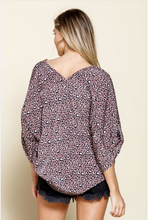 Load image into Gallery viewer, V-Neck Animal Print Kimono Top