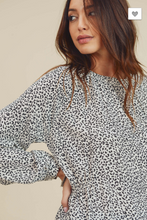 Load image into Gallery viewer, Connie's Ruched Waist White Leopard Print Top