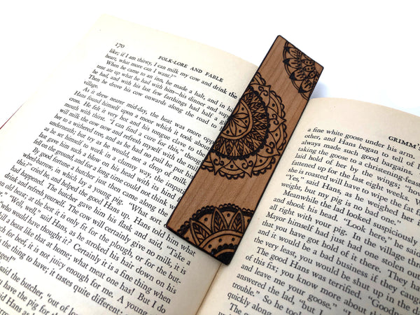 pyrography mandala bookmark