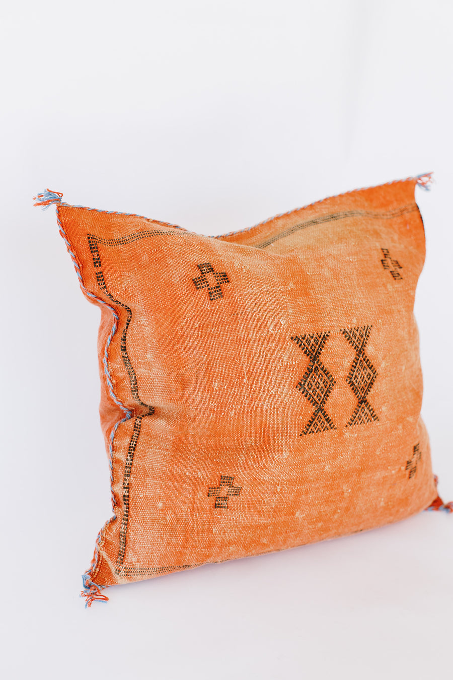 Custus Kilim Pillow (Hand Woven)