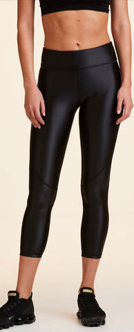 Alala Captain Crop Tight liquid black