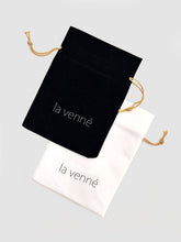Load image into Gallery viewer, The Enchanted Heart Necklace - la venné - (SUB)