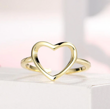 Load image into Gallery viewer, Shining Heart Ring- La venne