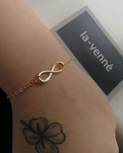 Load image into Gallery viewer, Infinity Bracelet - la venné