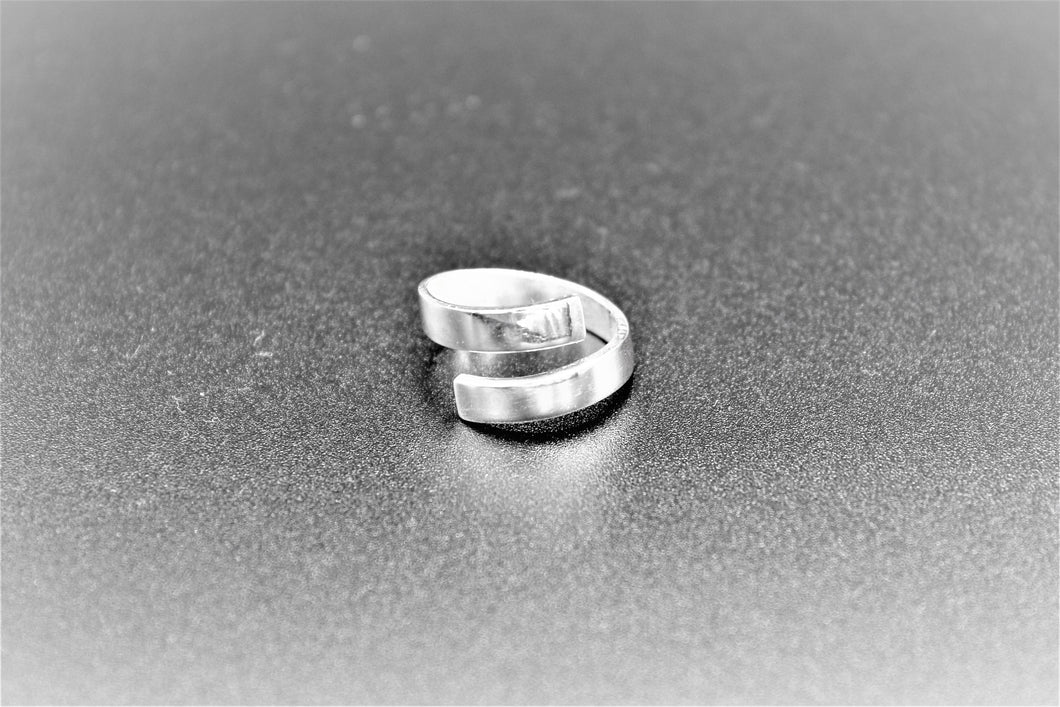 Ring,silver,white