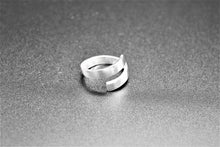 Load image into Gallery viewer, Ring,silver,white
