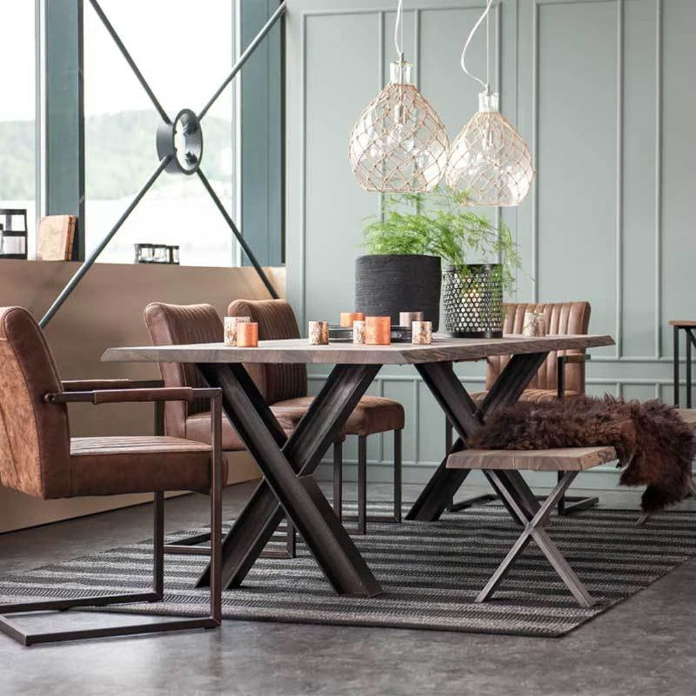 Modern Dining Moments: Dining Room Interior Inspiration