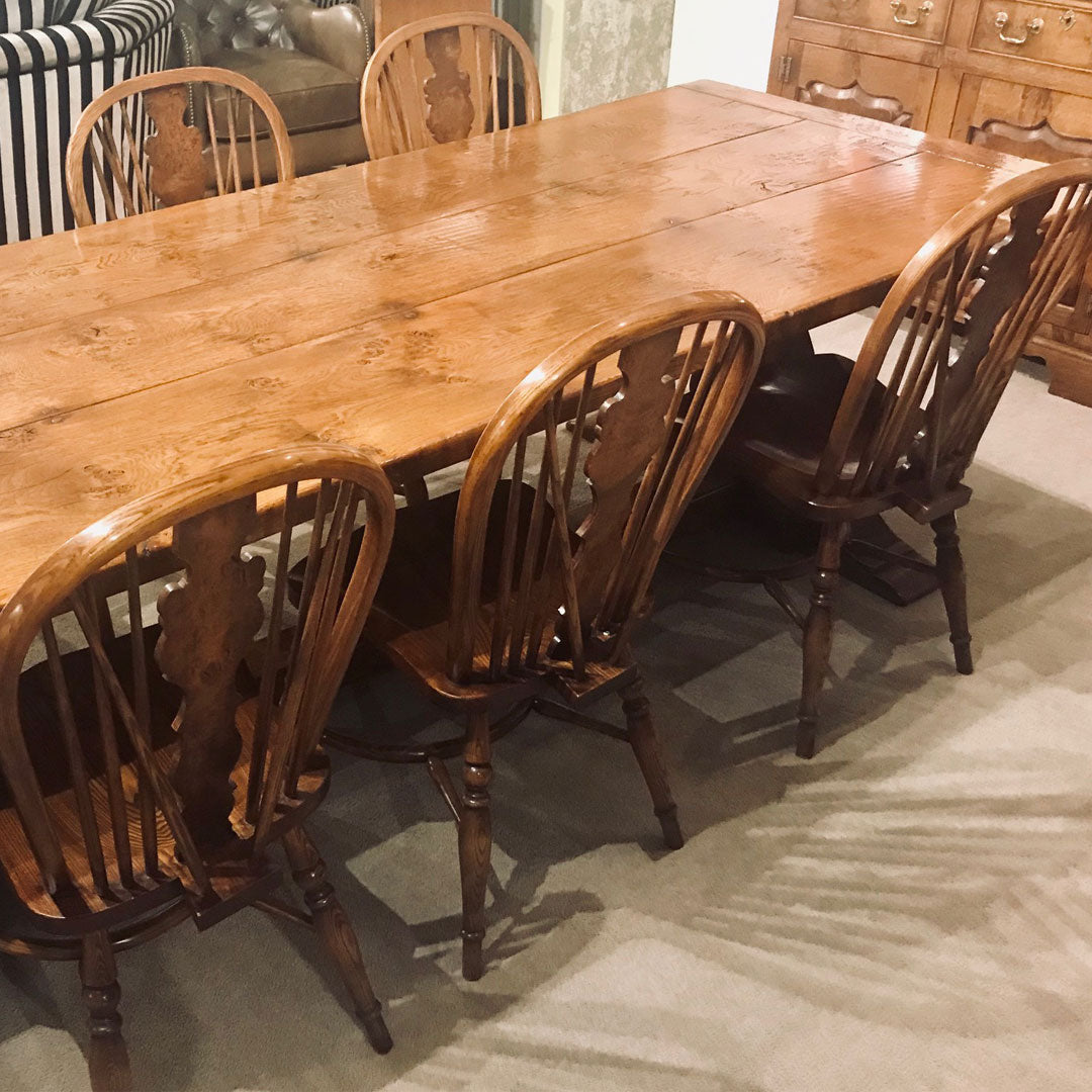 Pippy Oak Dining Table & 6 Chairs