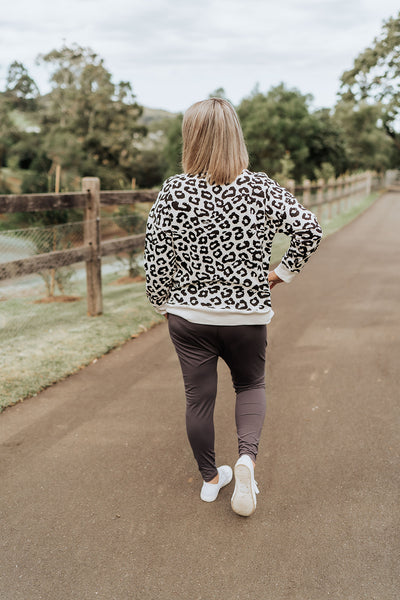 Alice Sweater - White Leopard Print