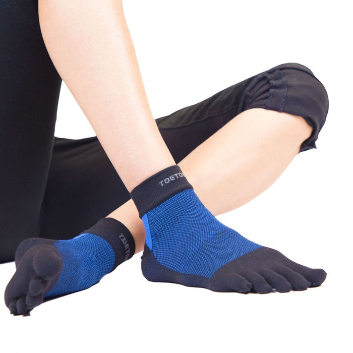 ToeToe Outdoor Sport Liner Socks OVER Ankle - Black Blue