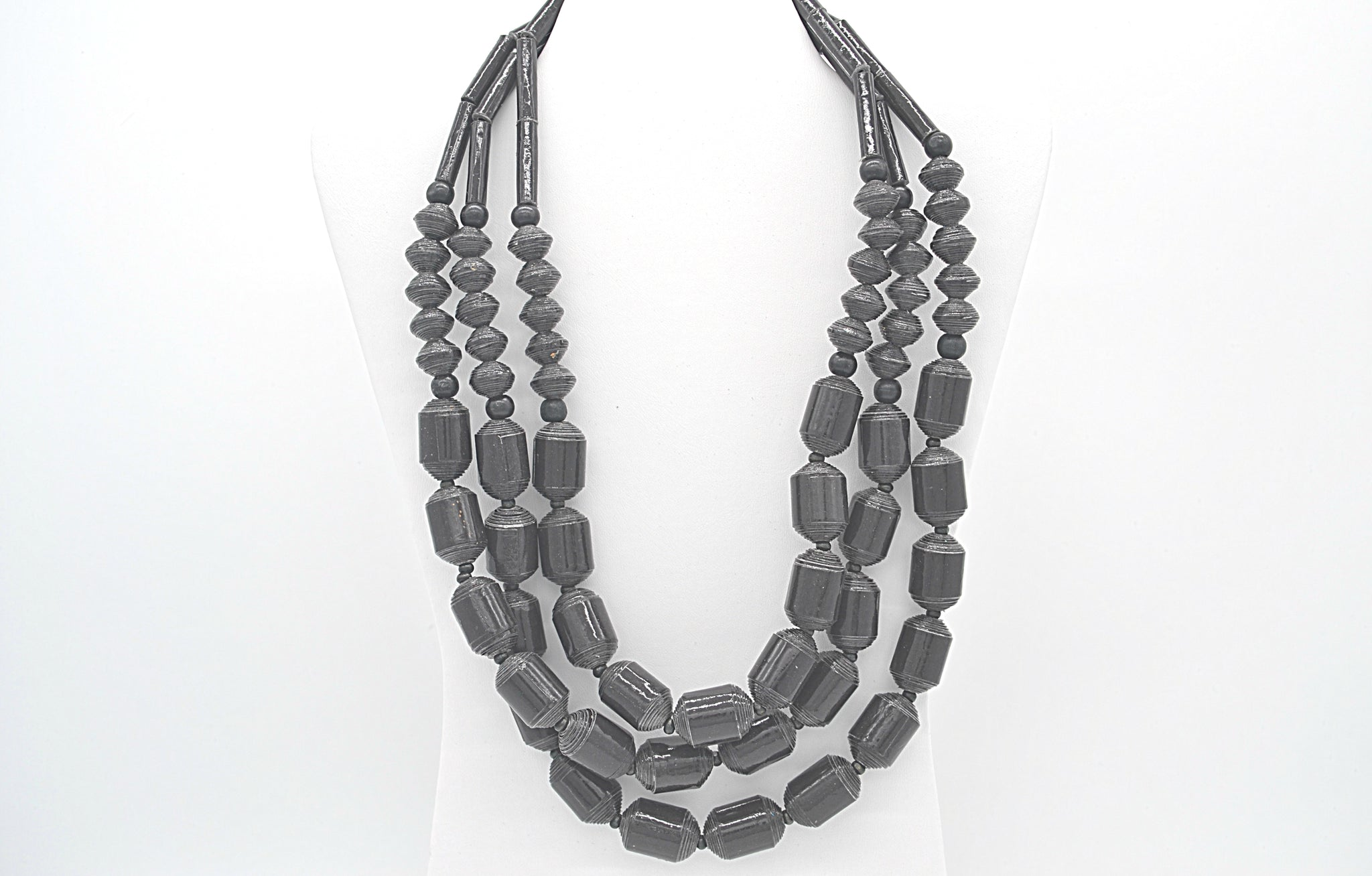 Jhersel Necklace (Black)