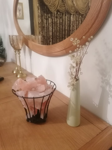 Himalayan salt lamp metal basket