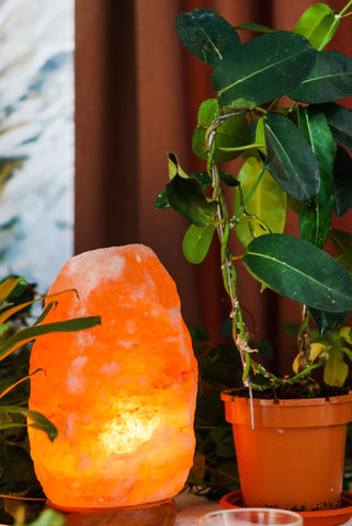 Health benefits of having a Himalayan salt lamp