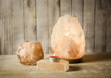 Load image into Gallery viewer, White Himalayan salt lamp  3-5 kg