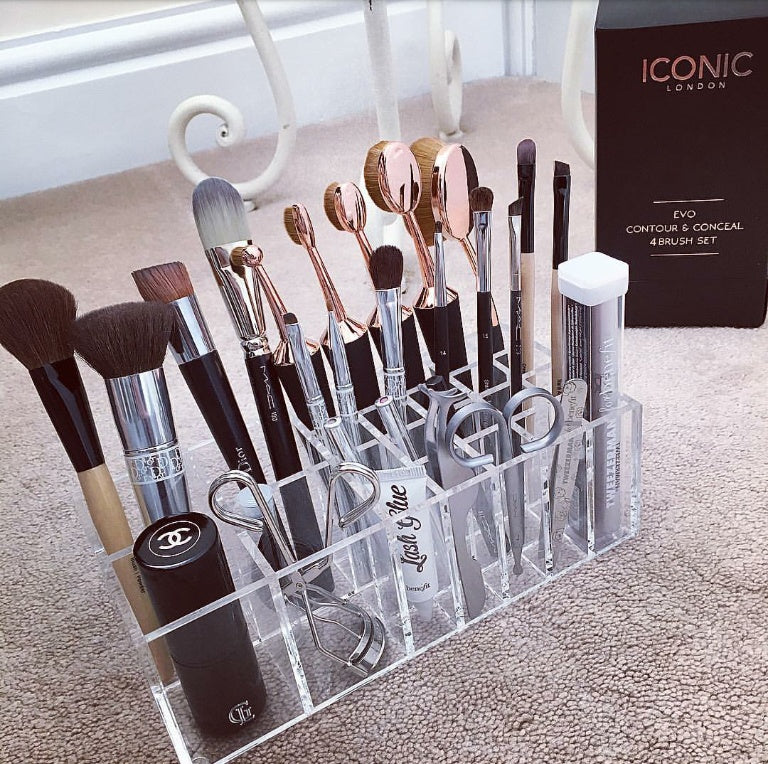 BRUSHTIDY MAKEUP BRUSH HOLDER