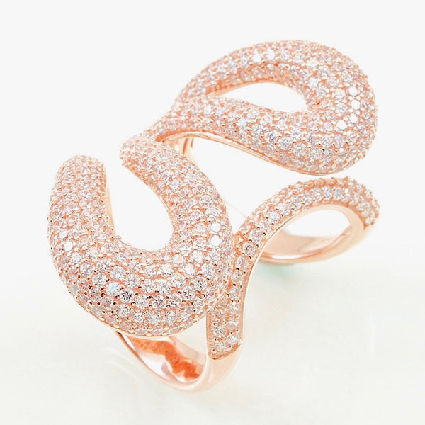 A 14kt rose gold plated fashion ring