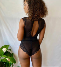 Load image into Gallery viewer, CARRIE + SAM THE CATCH BODYSUIT - Expect Lace