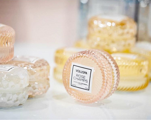VOLUSPA ROSE CHAMPS MACARON CANDLE