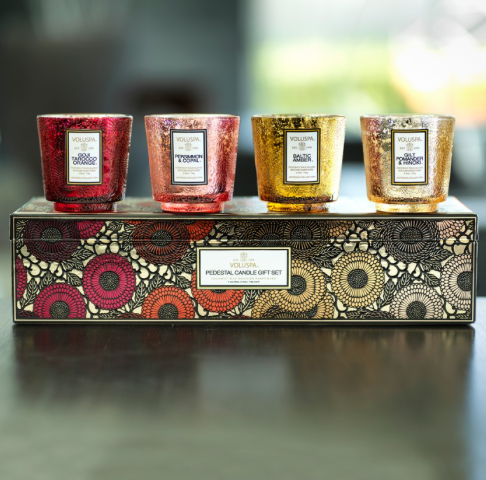 VOLUSPA 4 CANDLE GIFT SET - Expect Lace