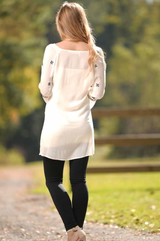 Breath Of Fresh Air - Accent Tunic Off White Dresses