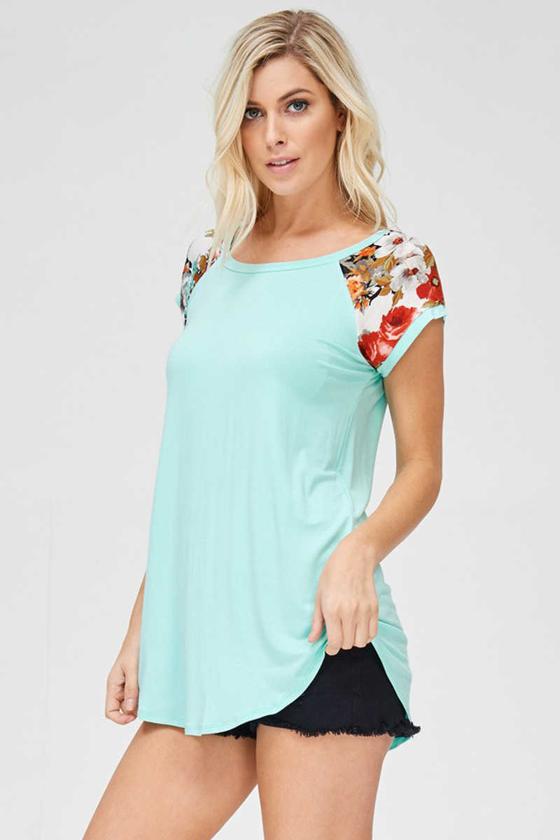 Flower Crushes - Contrast Top in Mint
