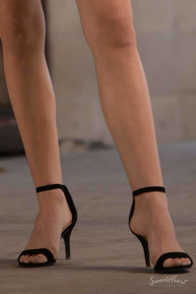 Pretty Please Pumps - Black