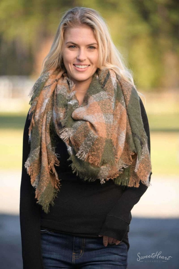 Warm Embrace Blanket Scarf - Olive & Rust