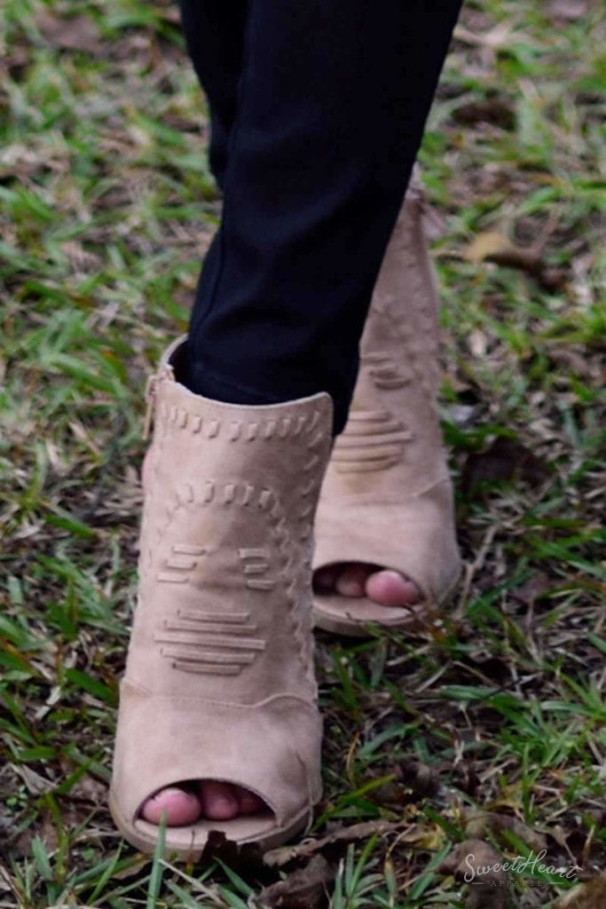 Yours Solely - Chunky Heel Peep Toe Booties Tan