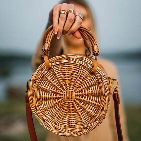 sac en osier rond wood and chic