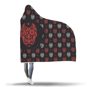 Gear-Head Hooded Blanket