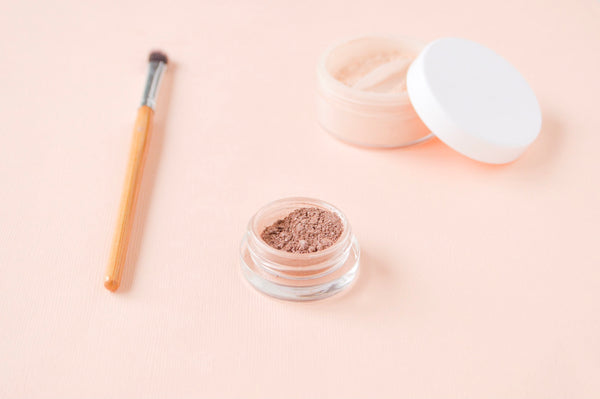 Frequently asked questions: How long does natural makeup last before spoiling?