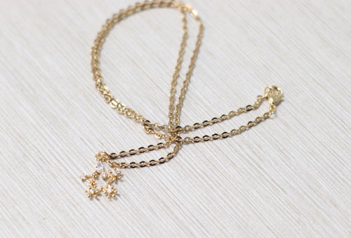 The Twinkle Star Necklace