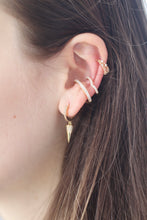 Load image into Gallery viewer, The V Ear Cuff