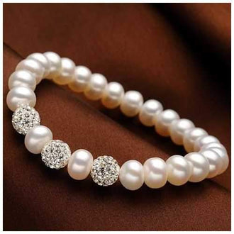 Venus Italian Pearl Bracelet - With 3 Crystal Moon Beads