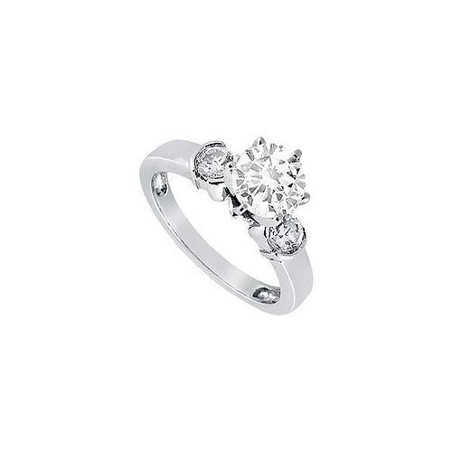 Diamond Engagement Ring : Platinum - 0.50 CT Diamonds