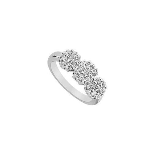 Diamond Flower Ring : 14K White Gold - 0.75 CT Diamonds