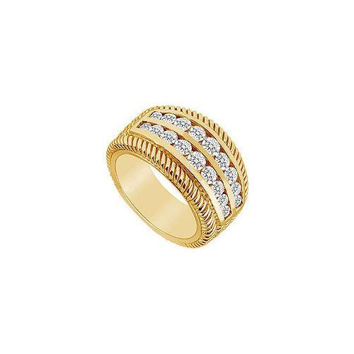 Diamond Ring : 14K Yellow Gold - 0.75 CT Diamonds