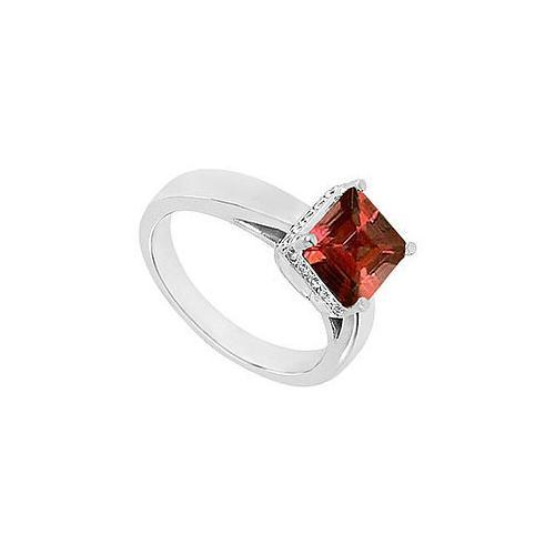 Garnet and Diamond Ring : 14K White Gold - 0.83 CT TGW