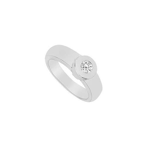 Diamond Ring : 14K White Gold - 0.25 CT Diamonds