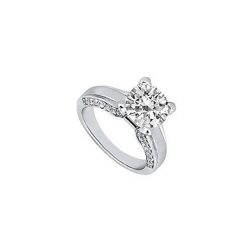Diamond Engagement Ring : Platinum - 1.00 CT Diamonds