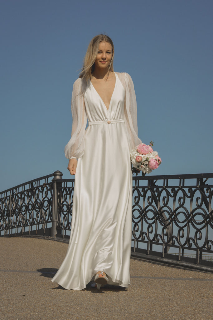 real bride Line wearing the Vera gown by Zoe Rowyn Bridal
